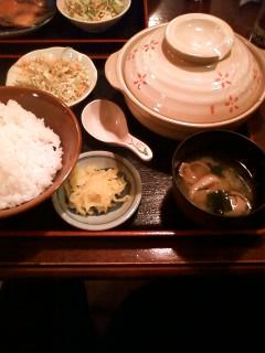 【ランチ】有楽町・酒処 ふなき/鶏団子鍋定食