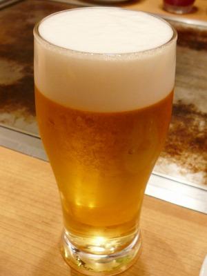 丸の内TOKIA・お好み焼 きじ/生ビール