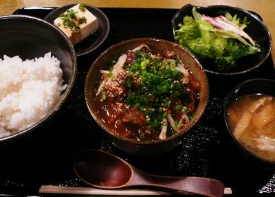 ランチ】京橋・東京バルバリ/和牛スジ煮込み定食