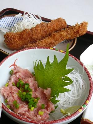 【ランチ】千葉市中央卸売市場「和食 三松」/イカフライとネギトロ定食