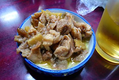 「鳥房」お酒のお通しにやってくる絶品メニュー「鶏皮の生姜煮」