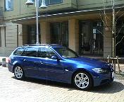 BMW325iツーリングMスポーツ