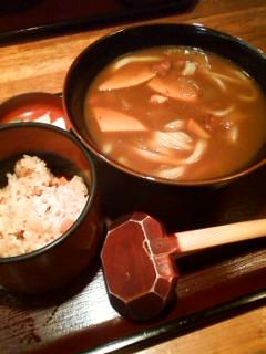 【ランチ】銀座・手打うどん 銀座 兎屋/カレーうどん定食(かやくご飯付き)