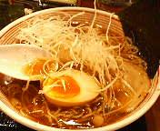 つけ麺本舗  ばくだん屋東京八重洲店のラーメン