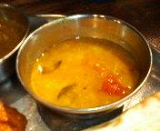 八重洲 南インド料理 ダバ・インディアのランチ 3色カレー マイルド:マスール豆とキャベツ