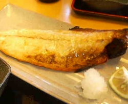 和食  豊洲安庵の日替わり焼魚定食(鯖塩焼き)