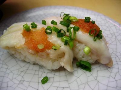 渋谷・廻る 天下寿司の生たこ握り 1皿 130円