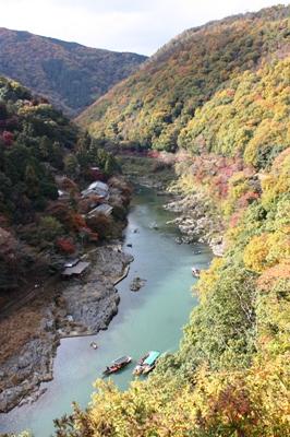 嵐山 大堰(おおい)川(保津川)の渓谷