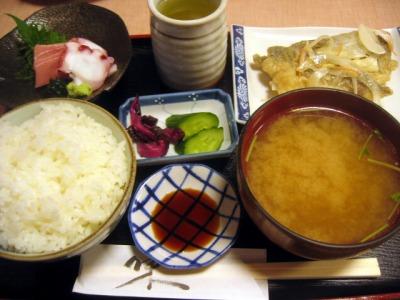 【ランチ】銀座・千ふじ/あじ南蛮漬定食(刺身付き)