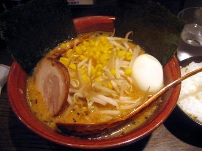 【ランチ】京橋『ど・みそ』/特みそこってりらーめん(コラボ麺)