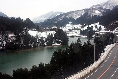 JR高山本線 沿線風景(神通川)
