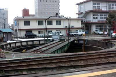 JR高岡駅 城端線ホーム脇にあった転車台
