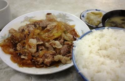 野田・やよい食堂 肉炒め定食(ご飯並盛り)