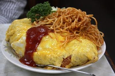 野田・やよい食堂 オムライス(大) ナポリタンも大盛り!