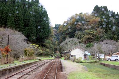小湊鐵道は沿線の駅ひとつひとつが「全て」絵になるところが凄い
