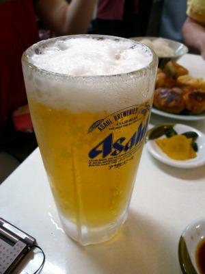 ファイト餃子、ホワイト餃子には生ビール!