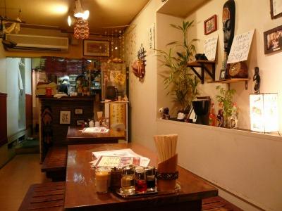 柏・餃子小舎(ギョウザゴヤ) 店内