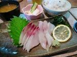 【ランチ】辻堂・しらすやガーデン/カンパチ刺身定食
