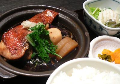 【ランチ】京橋・鮮彩魚 早瀬(せんさいぎょ はやせ)/金目煮付け定食