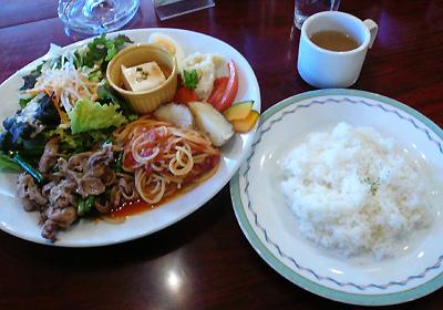 【ランチ】稲毛海岸・リトルシェフ 葫/特ラン(豚ばら肉とにんにくの芽の甘酢炒め&パスタ)