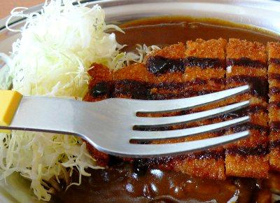 【ランチ】石川・カレーのチャンピオン(チャンピオンカレー)/食べるのはスプーンじゃなくって