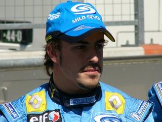 マイルドセブンルノーF1チーム フェルナンド・アロンソ選手