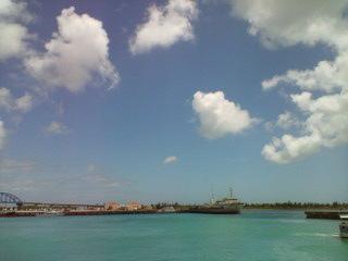 沖縄の港にて_撮影トコチャン